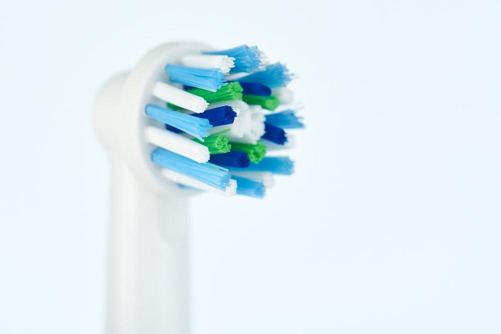 Pflegehinweise zur elektrischen Zahnbürste